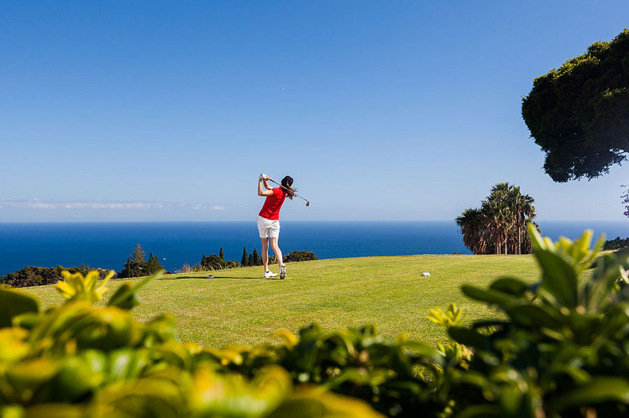 Golfers paradise: the guide to the Canary Island golf courses