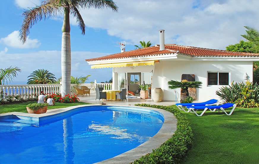 Luxury villa rental with private pool in a quiet area of Tenerife for relaxing holidays