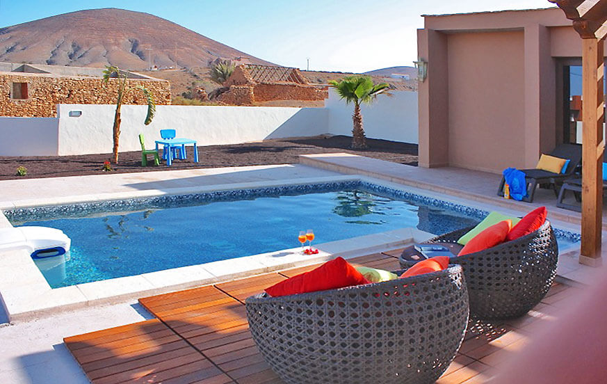 Fritidshus i Fuerteventura med rymliga rum och pool i en lugn lantlig miljö på ön