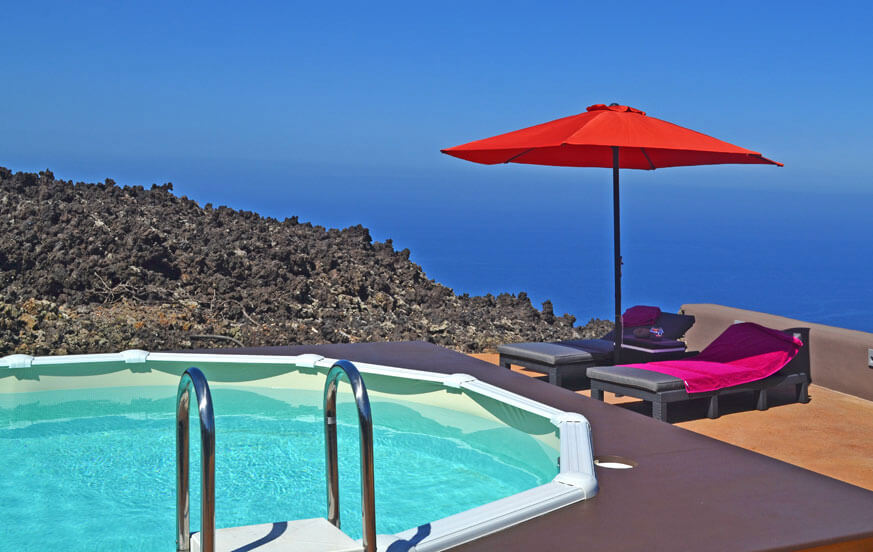 Apartment with communal pool area for a relaxing holiday on the island of La Palma