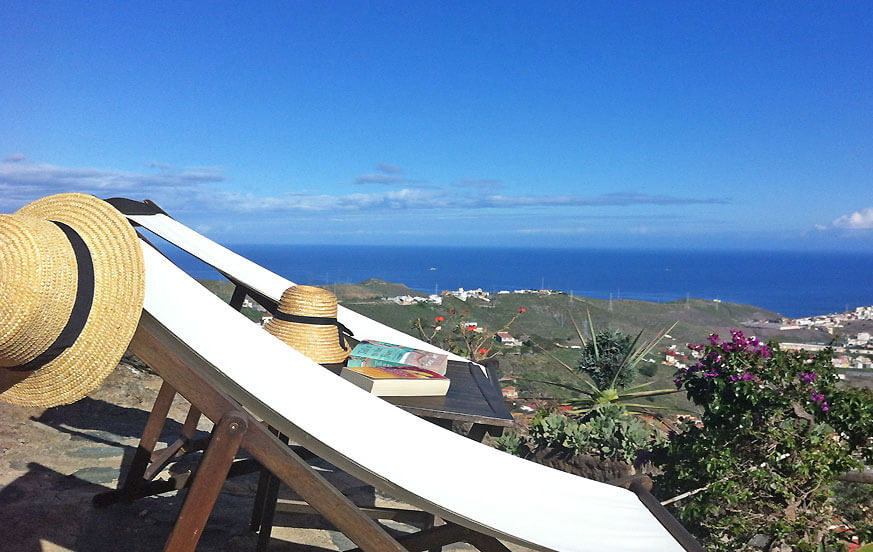 Cottage with jacuzzi in a vast estate in Bandama with beautiful views of the sea and the mountains