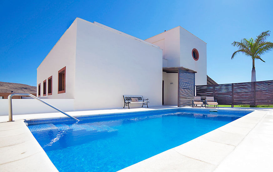 Modern luxury villa with private pool close to the beach for a relaxing holiday in Tenerife