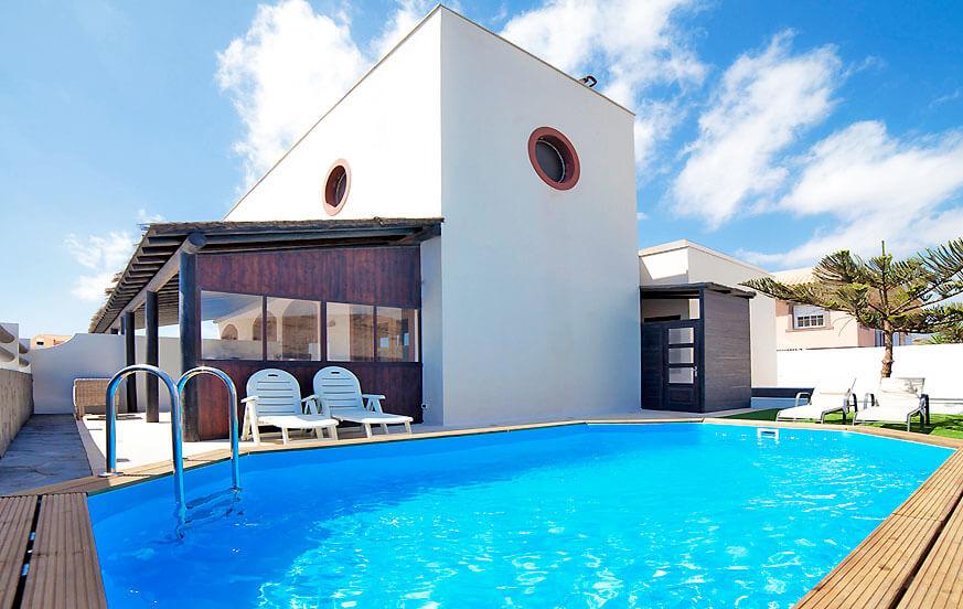 Geräumiges Ferienhaus mit eigenem Pool für einen erholsamen Urlaub in einer ruhigen Wohngegend auf Teneriffa