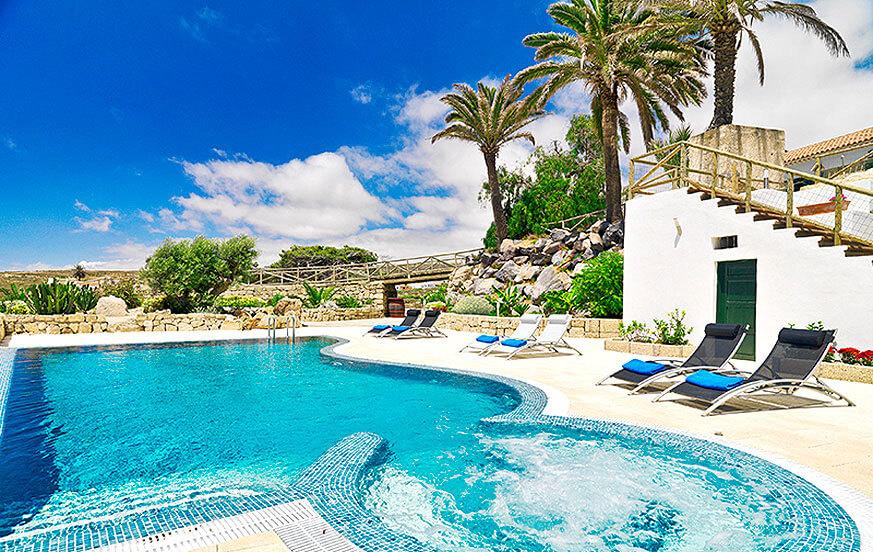 Rustikk ferie hjemme på en gård med svømmebasseng på kanariøya Tenerife