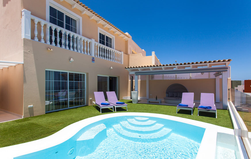 Stylish two bedroom luxury private villa with pool and beautiful terrace with panoramic views of the golf course and the sea