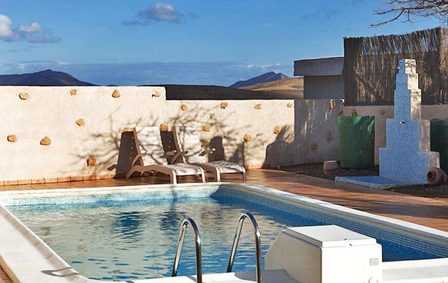 Rustikales Ferienhaus mit privatem Pool und großem Grillplatz in einer ruhigen Gegend im Zentrum von Fuerteventura