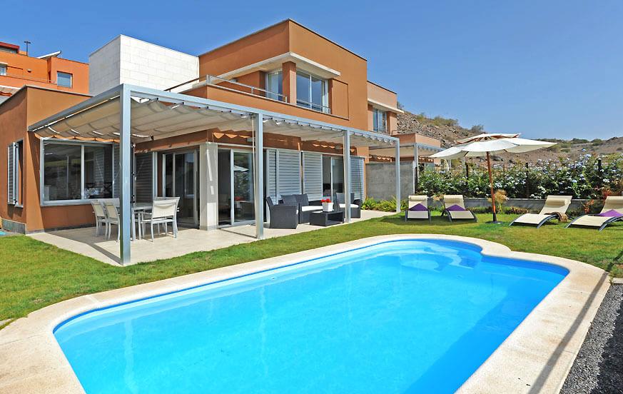 Hyggelig villa med to soverom og privat basseng oppvarmet, som ligger i Vista Golf frontline golfbane