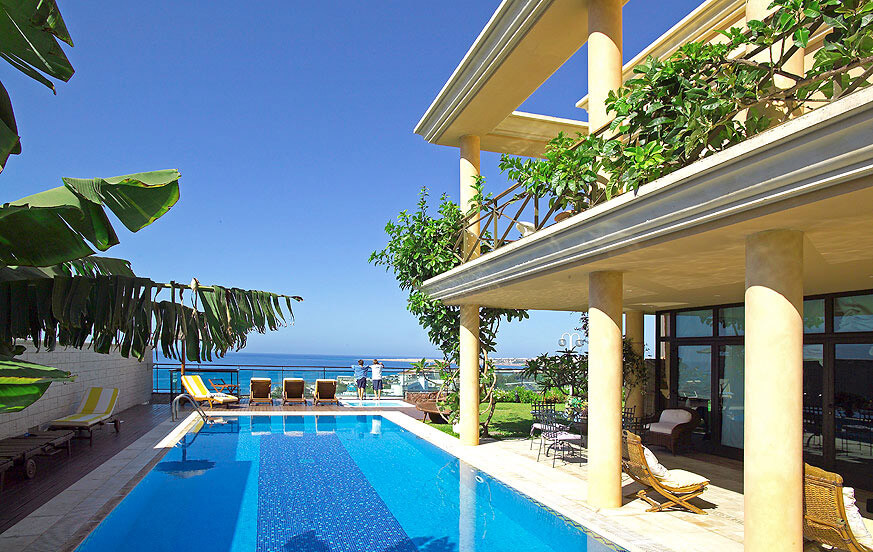 Five bedroom mansion with private pool, jacuzzi, sauna and panoramic views of the sea and the coast of San Agustín