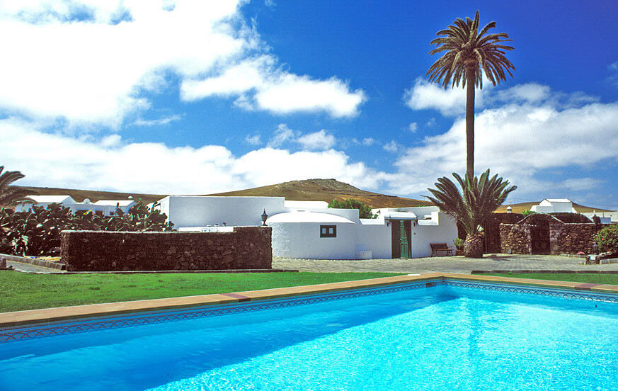 Charming country house on a finca with two houses, beautiful gardens and large communal pool in the north of the island
