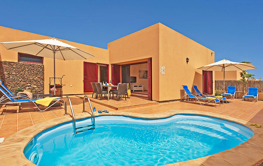 Modern two bedroom villa complex with private pool close to the beautiful beaches of Corralejo