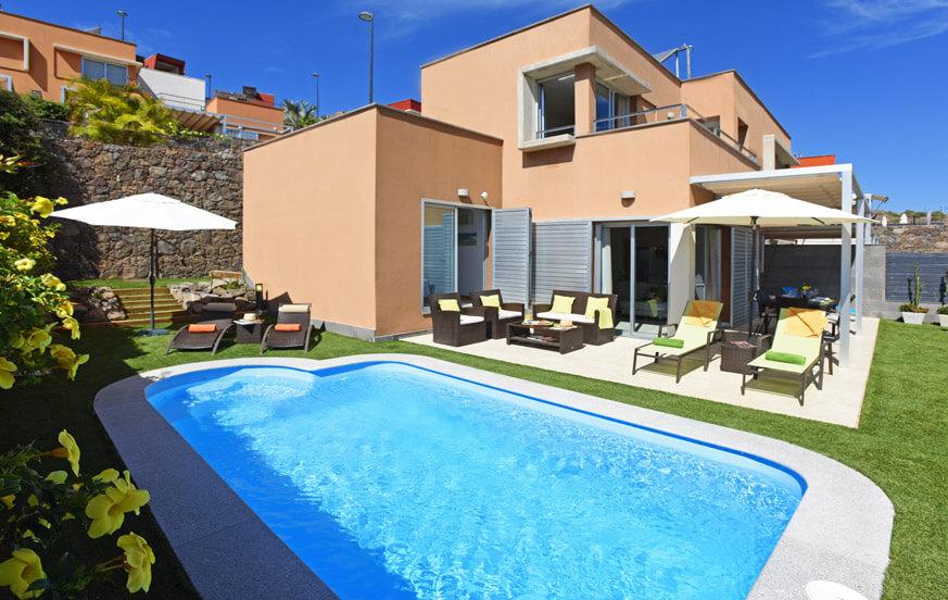 Modernes Ferienhaus in ruhiger Lage mit Blick auf den Golfplatz im Süden von Gran Canaria