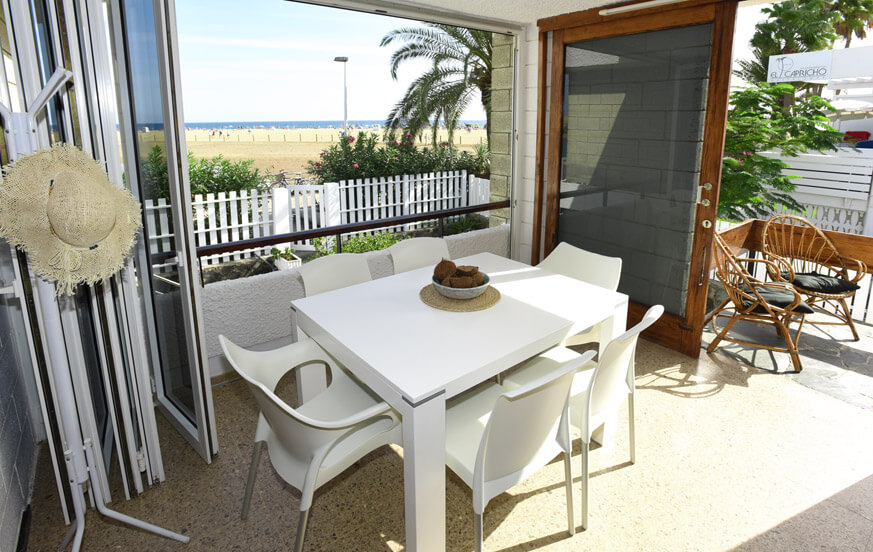 Holiday home right in front of the Dunes of Maspalomas in the sunny south of Gran Canaria