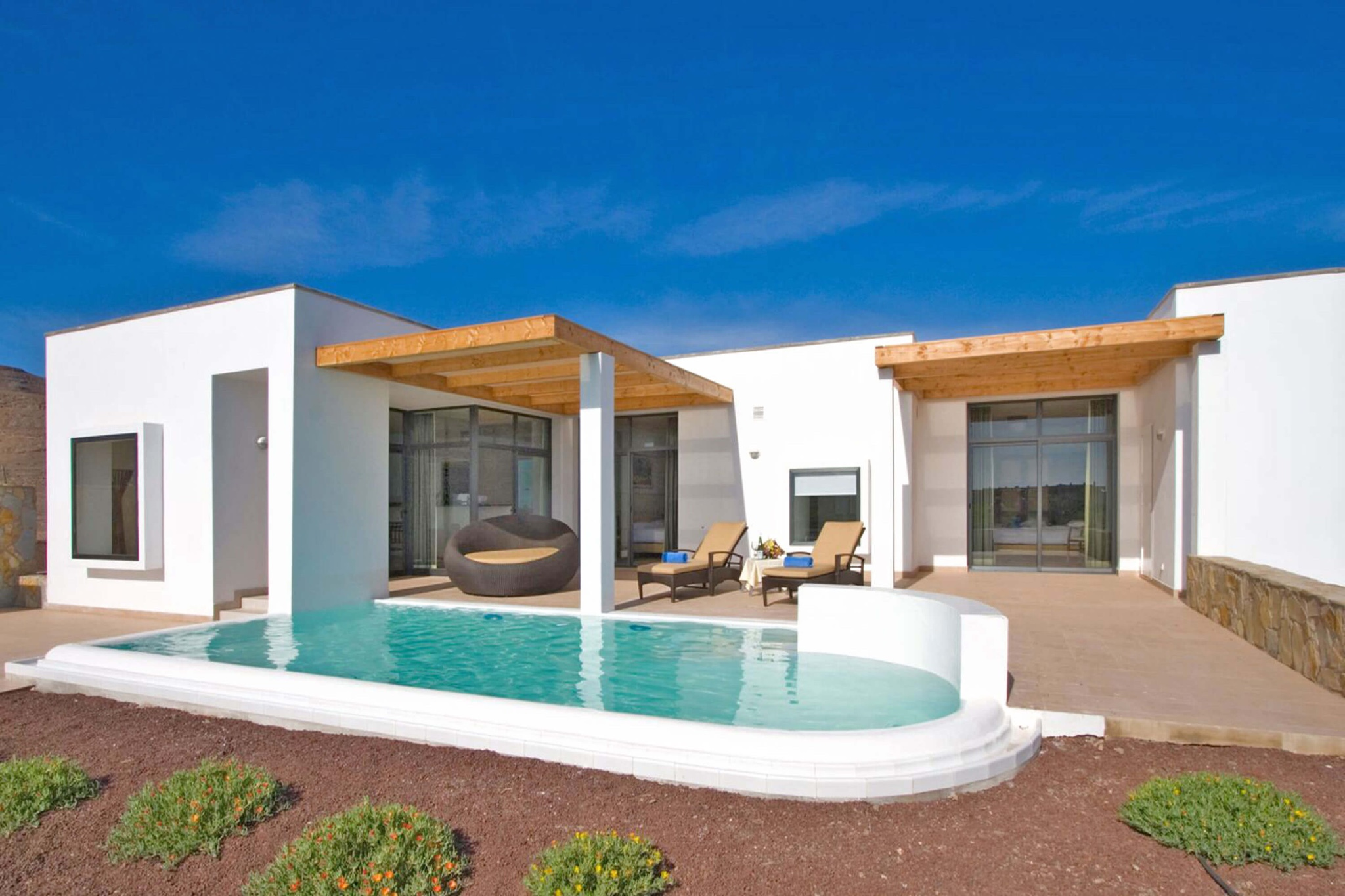 Modern villa complex on Fuerteventura in a prime location next to the golf course and close to Las Playitas beach