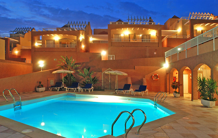 Apartments with community pool and wellness area near the beautiful golden sand beaches of Jandía, Monte Solana Confort.