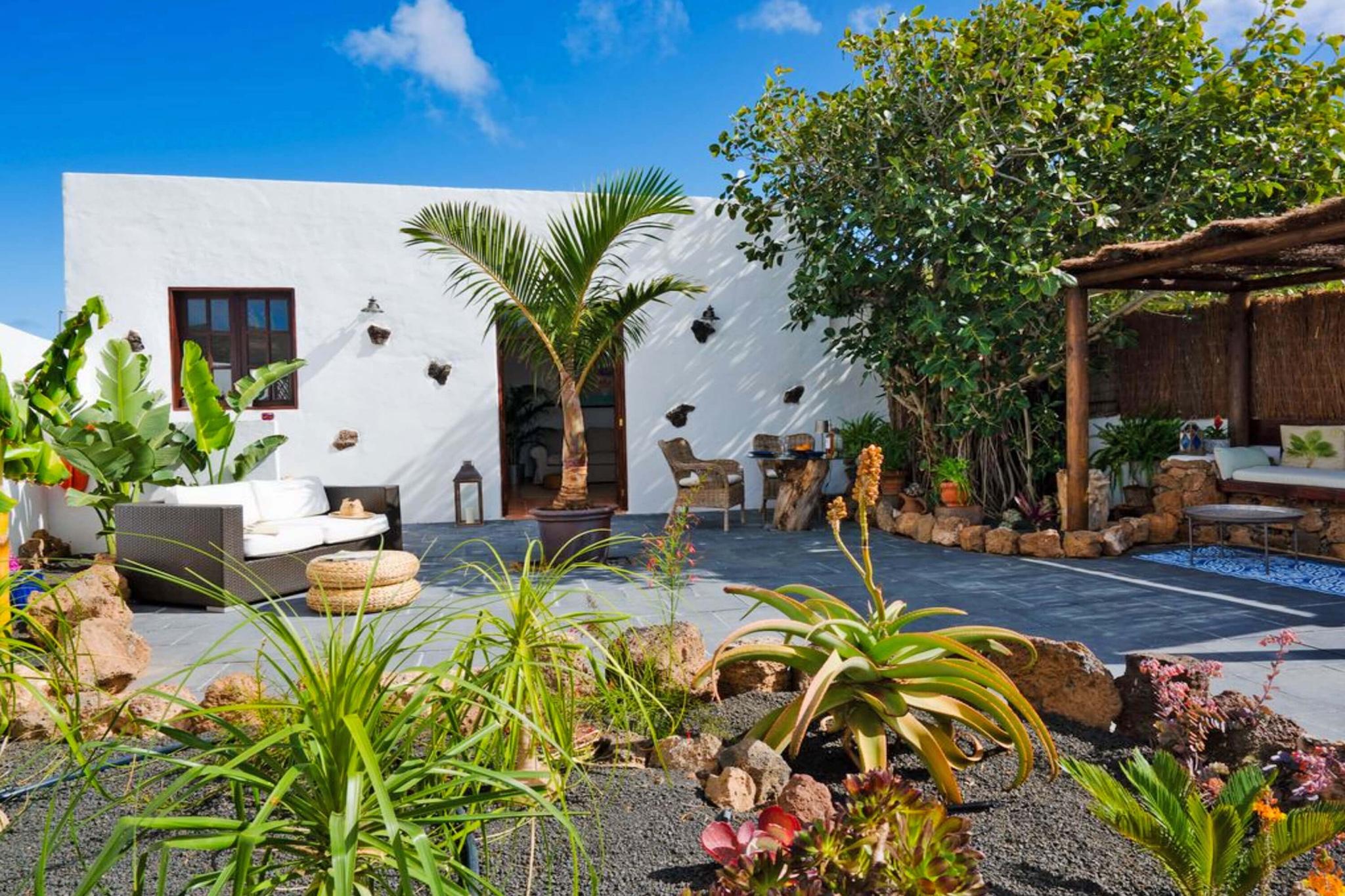 Komplett renoviertes und stilvolles Ferienapartment für 2 Personen mit schönem Außenbereich auf einer Finca