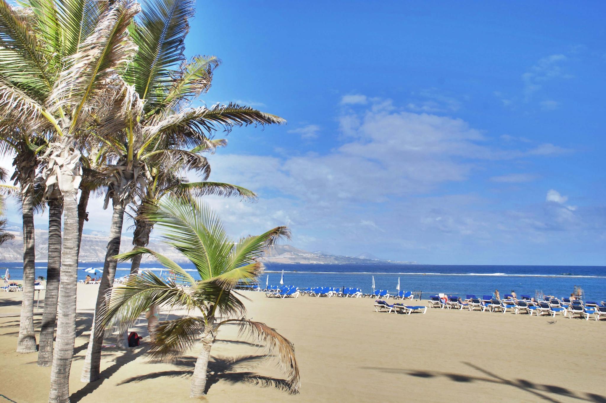 Moderni ja mukava asunto tyylikäs sisustus sydämessä pääoman ja lähellä kuuluisaa Playa de Las Canterasin