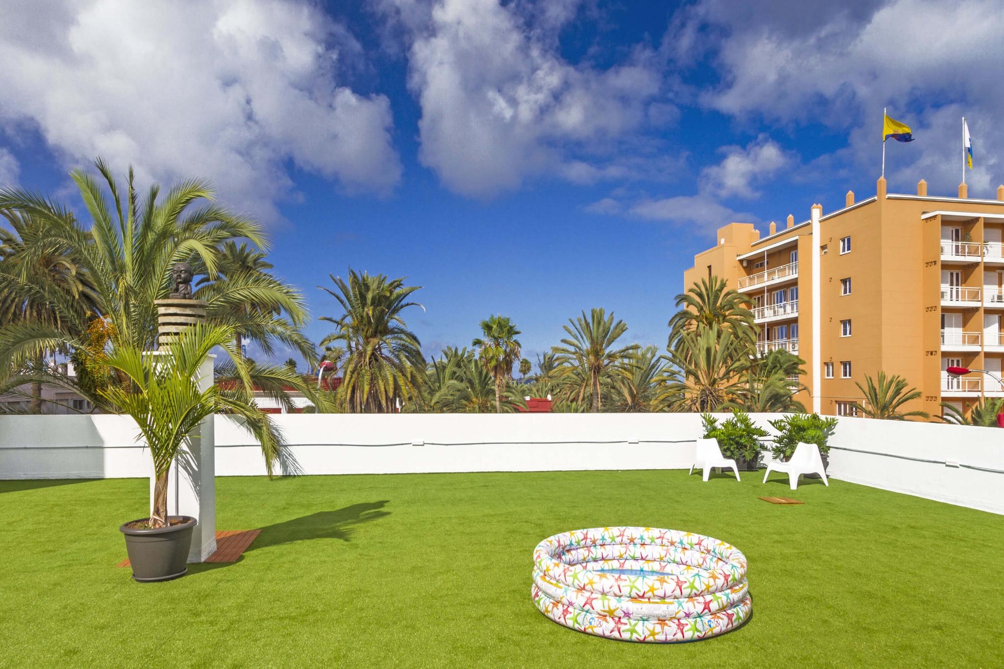 Modern appartement met een groot terras in het hart van Las Palmas op slechts enkele meters van de jachthaven en het strand