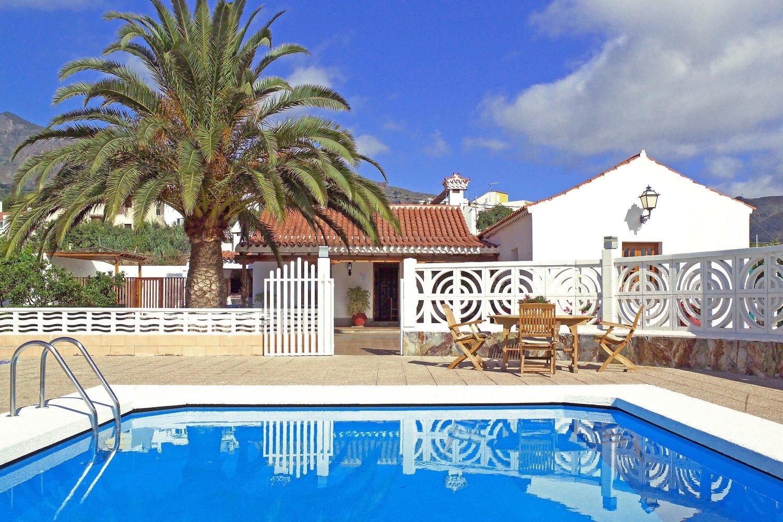 Traditionelle Villa mit privatem Pool, gelegen inmitten der wunderschönen Natur im Zentrum Gran Canarias