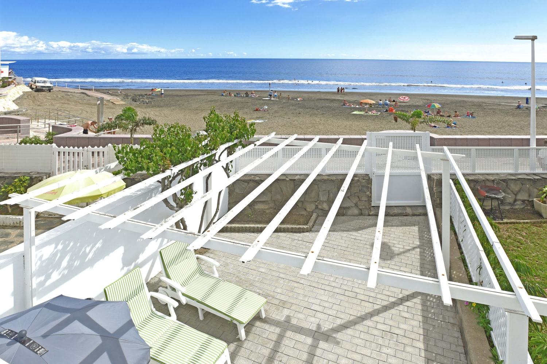 Moderne studio in de eerste lijn naar het strand in San Agustin in het zonnige zuiden van Gran Canaria