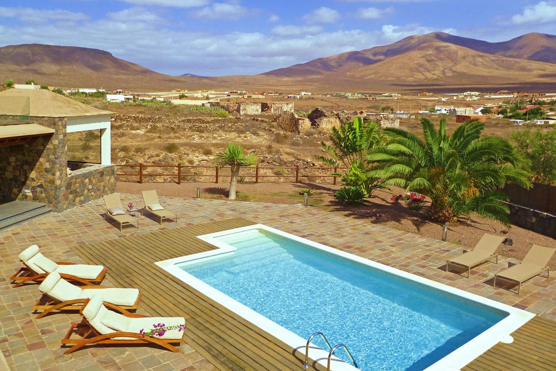 Moderne villa med 2 soveværelser dekoreret med afrikanske detaljer med privat pool og en hyggelig terrasse, hvor du kan nyde øens klima