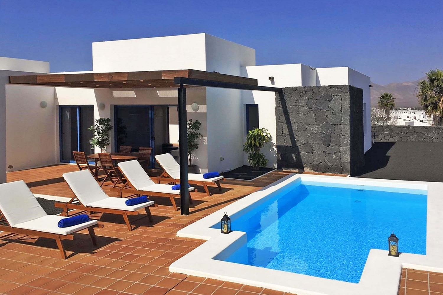 Beautiful villa overlooking Natural Monument with private heatable pool, air conditioning and Wi-Fi, ideal for to rest and relaxed