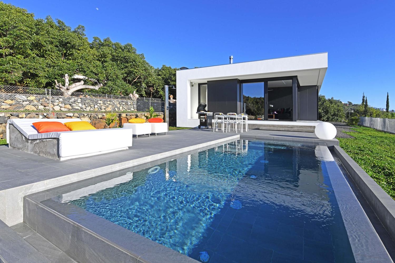 Moderne Ferienvilla für 2 Personen mit Privatpool und wunderschönem Blick auf den Atlantik